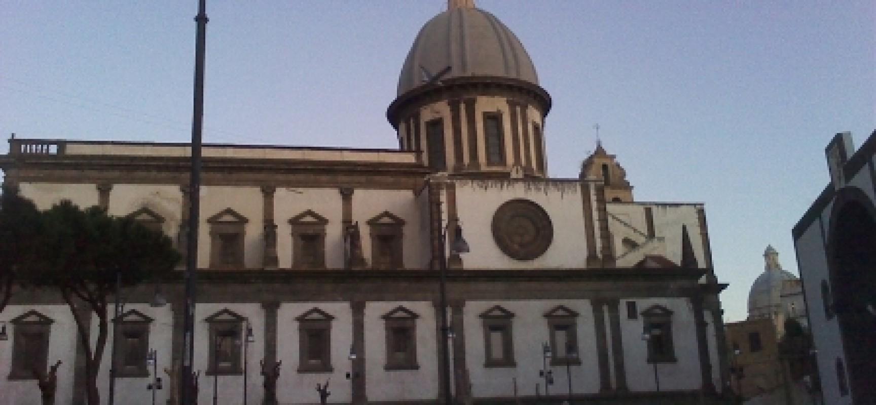 Via Crucis a Napoli da Duomo, via San Giovanni a Carbonara a Santa Caterina a Formiello