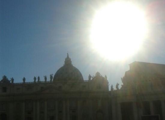 Bambini napoletani cantano 'O sole Mio' per Papa Francesco'