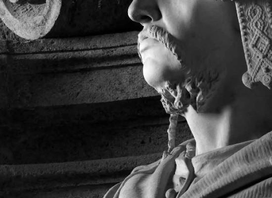 Weekend, Da vestibolo di Santa Chiara a foto Pedicini a Palazzo Reale