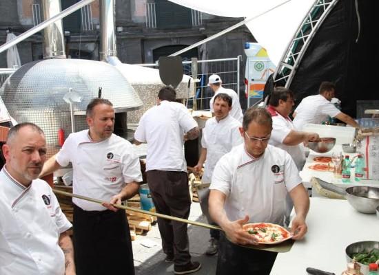 Pizza Vercace Napoletana, un festival di gusto