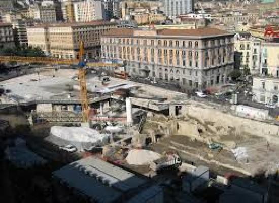 Trasporti, Napoli rivoluzione trasporti Chiaia: C25 nuova linea e modifica percorso 140