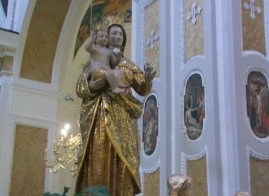 Madonna della Neve, Fedeli regalano alla Madonna il restauro della chiesa