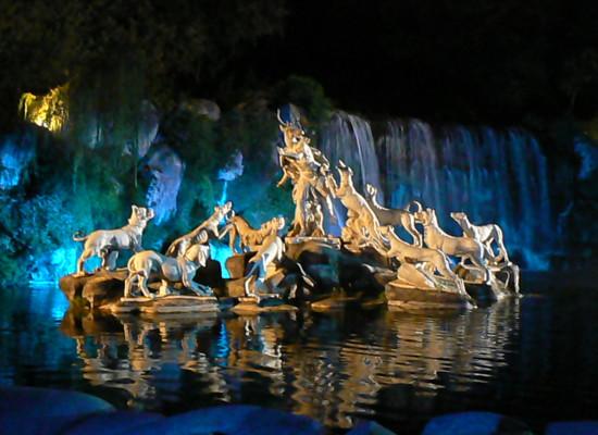 Itinerari d'Agosto, Reggia di Caserta a piedi di notte