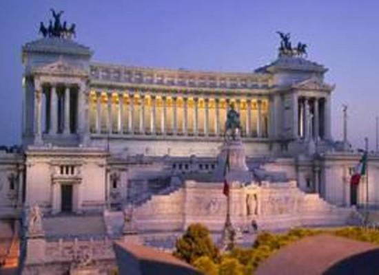 Totò, Eduardo, Peppino, Sofia Loren e Massimo Ranieri in mostra a Vittoriano Roma