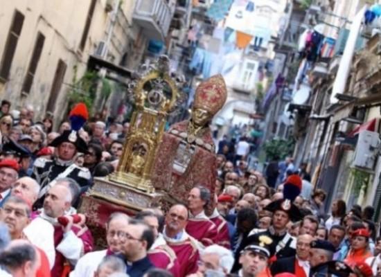 San Gennaro, oggi tutti da Faccia Gialla