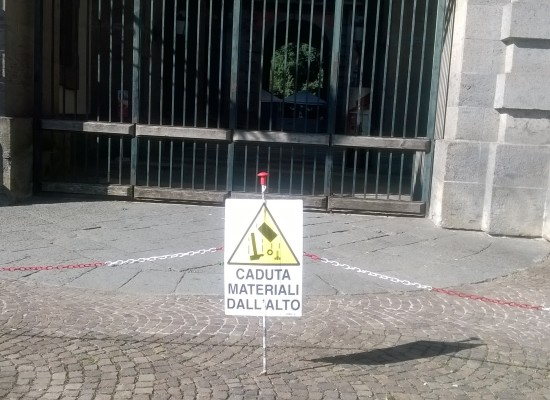 Reggia Capodimonte, 'attenzione pericolo di crollo' a 48 dal summit della BCE