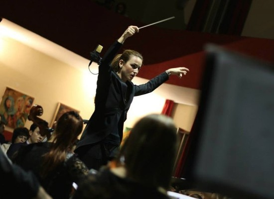 Beatrice Venezi, ventriquattrenne, dirigerà Nuova Scarlatti a Museo Diocesano