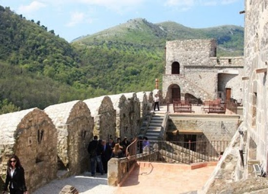 Limatola, Ma che bel Castello