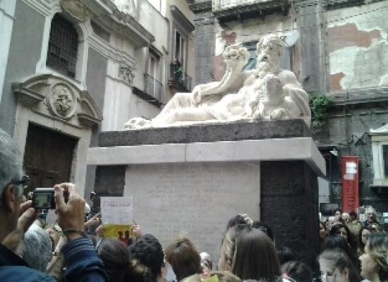 Napoli festeggia il suo Corpo, dopo 21 anni ritorna a splendere