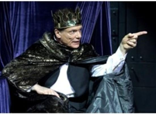 Massimo Ranieri e il Riccardo III in smoking