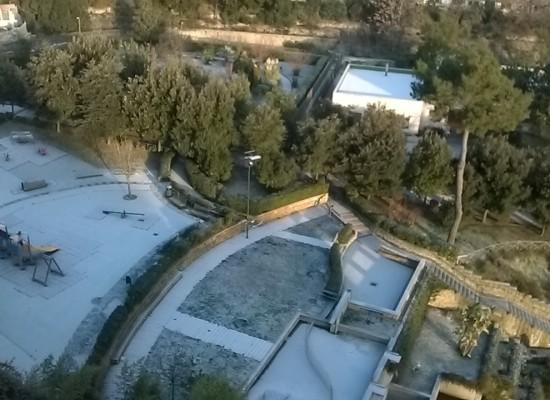 Capodanno sotto zero, Napoli saluta il 2014 vestita di bianco: neve con temperature con a Mezzanotte -1.9°C