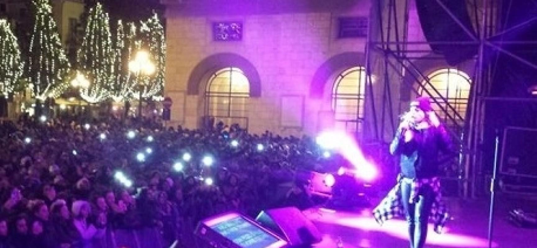 Emma in piazza Amendola concerto Salerno Capodanno