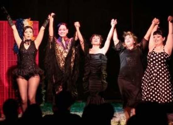 Burlesque, a Napoli corsi per diventare donne sensuali