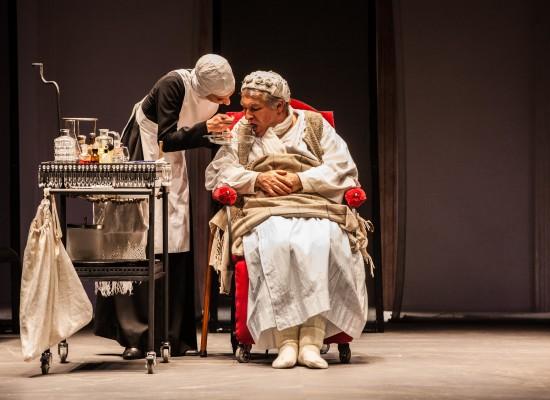 Dietro il Sipario da Molière al Mercadante con Gioele Dix a Amerika di Franz Kafka a Pomigliano, la Campania a teatro