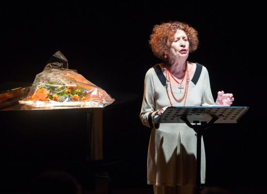 Mercadante in scena Angela Pagano con Come le mosche d'autunno