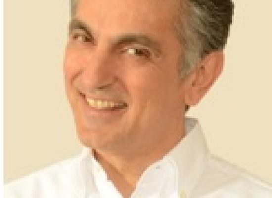 Vincenzo Salemme con Sogni e Bisogni al teatro Diana