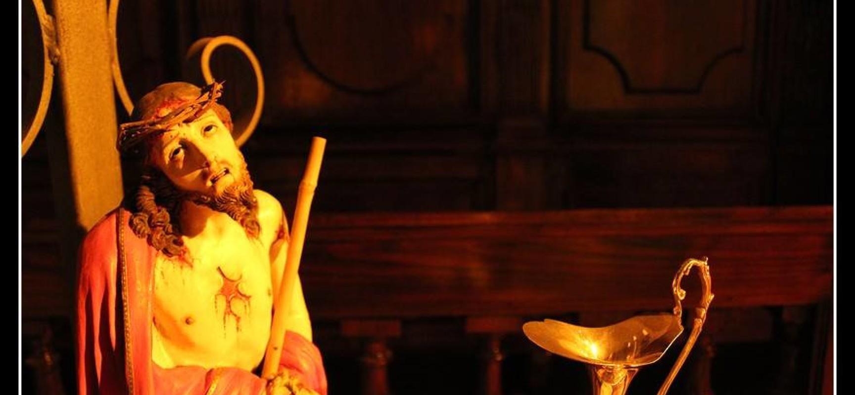 Pasqua 2015 VIA CRUCIS, le cinque più antiche della Campania: Piano di Sorrento, Sessa Aurunca, Paduli, Vallata e Ravello in processione