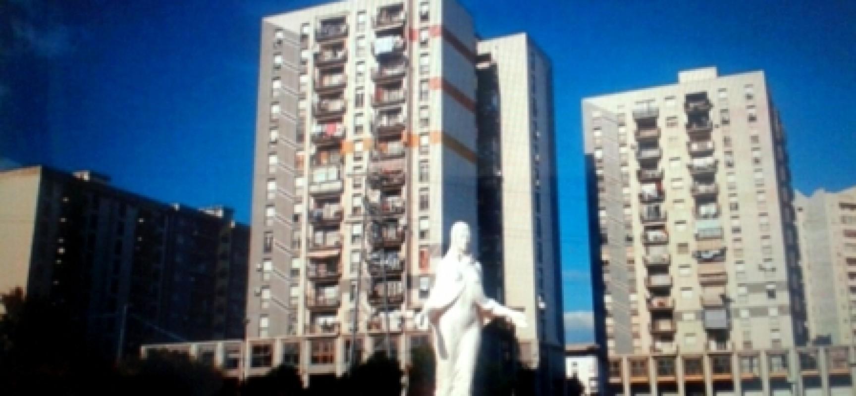 Aspettando Papa Francesco, Entra in città da Scampia porta d'amore