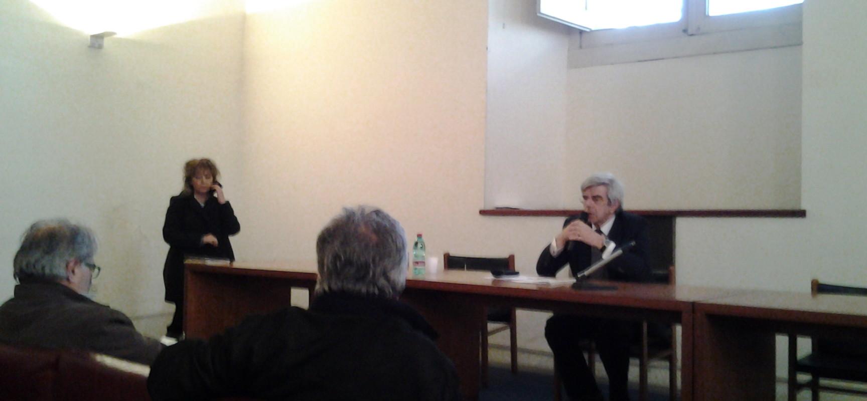 Luciano Garella, Maggiore assennatezza, no protagnismi, uffici accessibili a tutti e piazza Plebiscito nuovo regolamento