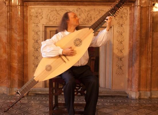 Musica, in scena il mandolino barocco