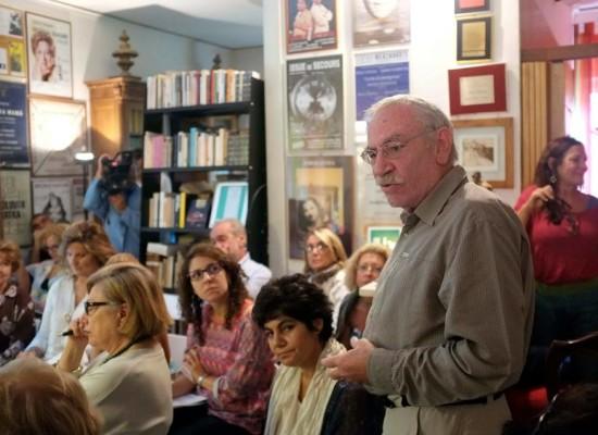 Teatro cerca casa al Rione Terra per Festival idee politiche