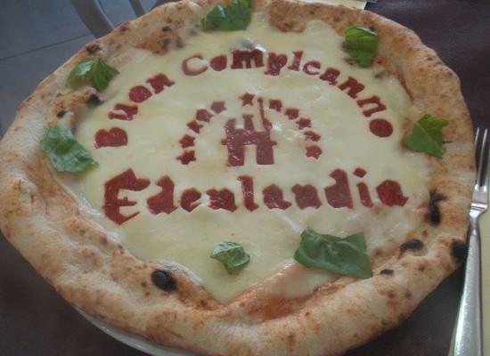 Una pizza per il compleanno di Edenlandia by Errico Porzio apre la Fiera della Casa