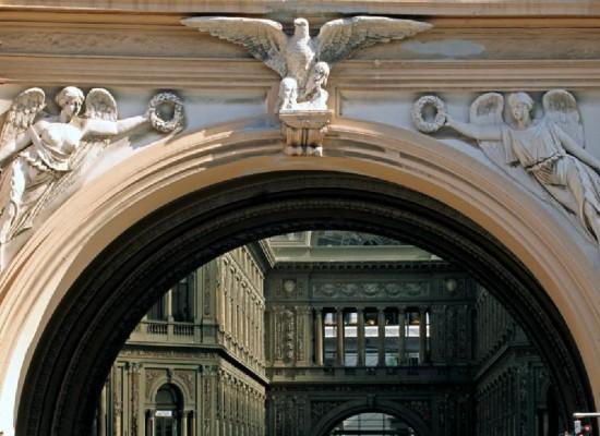 Galleria Umberto, campagna Crowdfunding   per restauro facciata