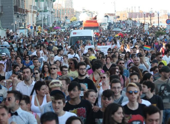 Onda Pride, il viaggio in Campania