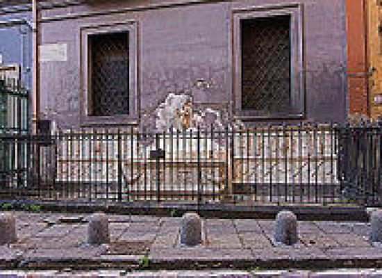 Restaurata la Fontana delle Zizze, ritorna a risplendere la Spinacorona
