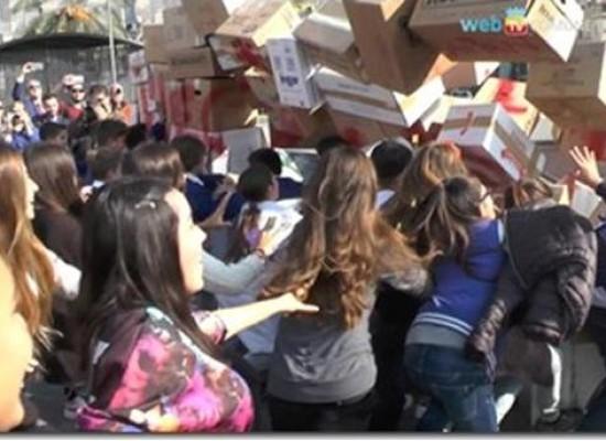 Napoli recupera piazza con soldi sequestrati parcheggiatori abusivi