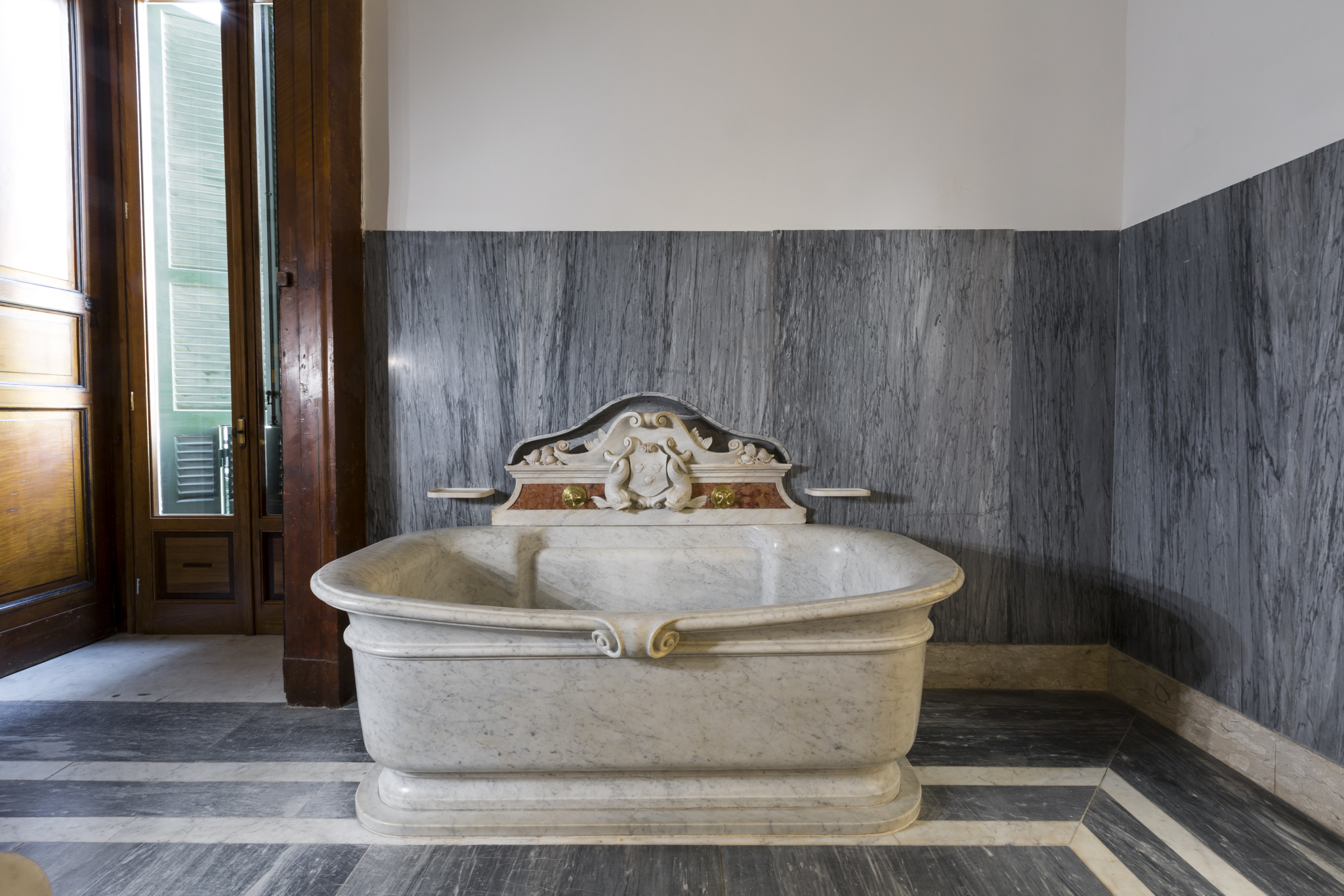 Bagno Degli Ospiti In Francese : Villa pignatelli svela le camere intime del principe napoli