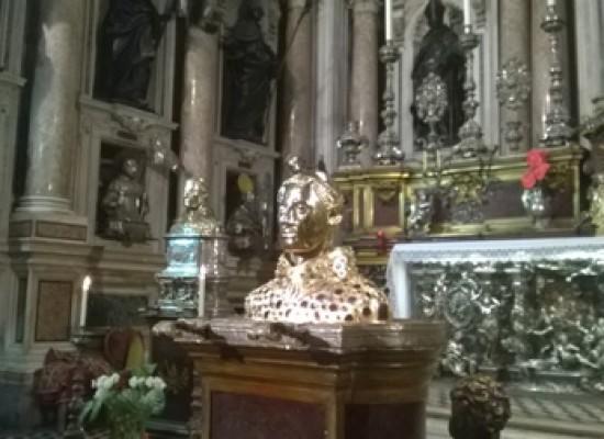 San Gennaro scioglie sangue  con Carlo di Borbone, diretta streaming
