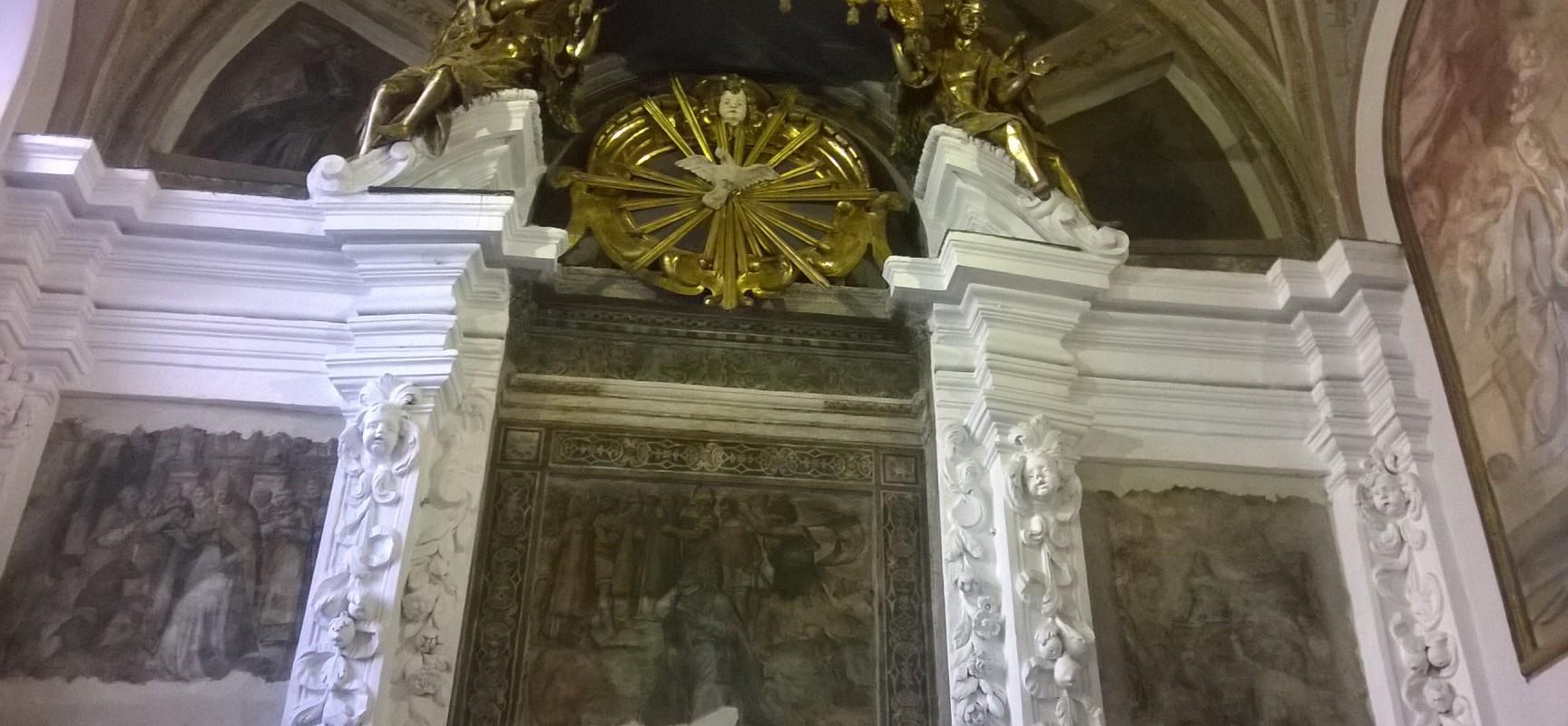 Duomo, il roof di Napoli con San Gennaro flagellato