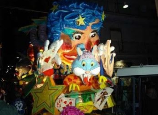 Tour nel Carnevale in Campania
