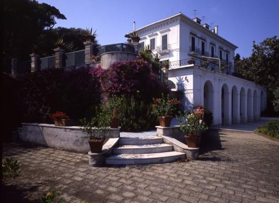 Villa Rosebery apre per due volte