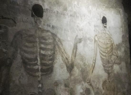 San Gaudioso e le tombe dei nobili, il percorso degli schiattamorti