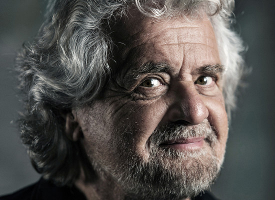Beppe Grillo torna a Napoli