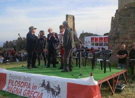 Velia, Pollica Casal Velino, Vallo della Lucania, Mille studenti a filosofare