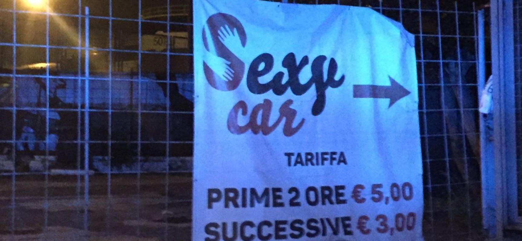 Napoli e il sexy car