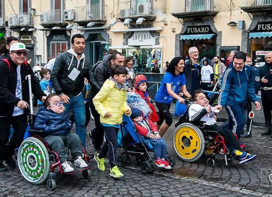 Walk of life di Napoli, un successo per la VITA