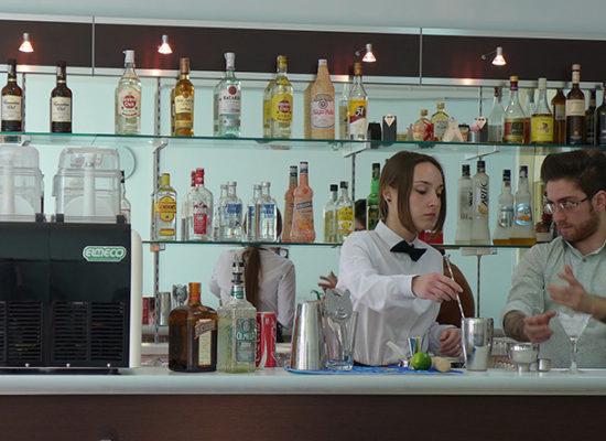 Da Scampia 18 nuovi barman