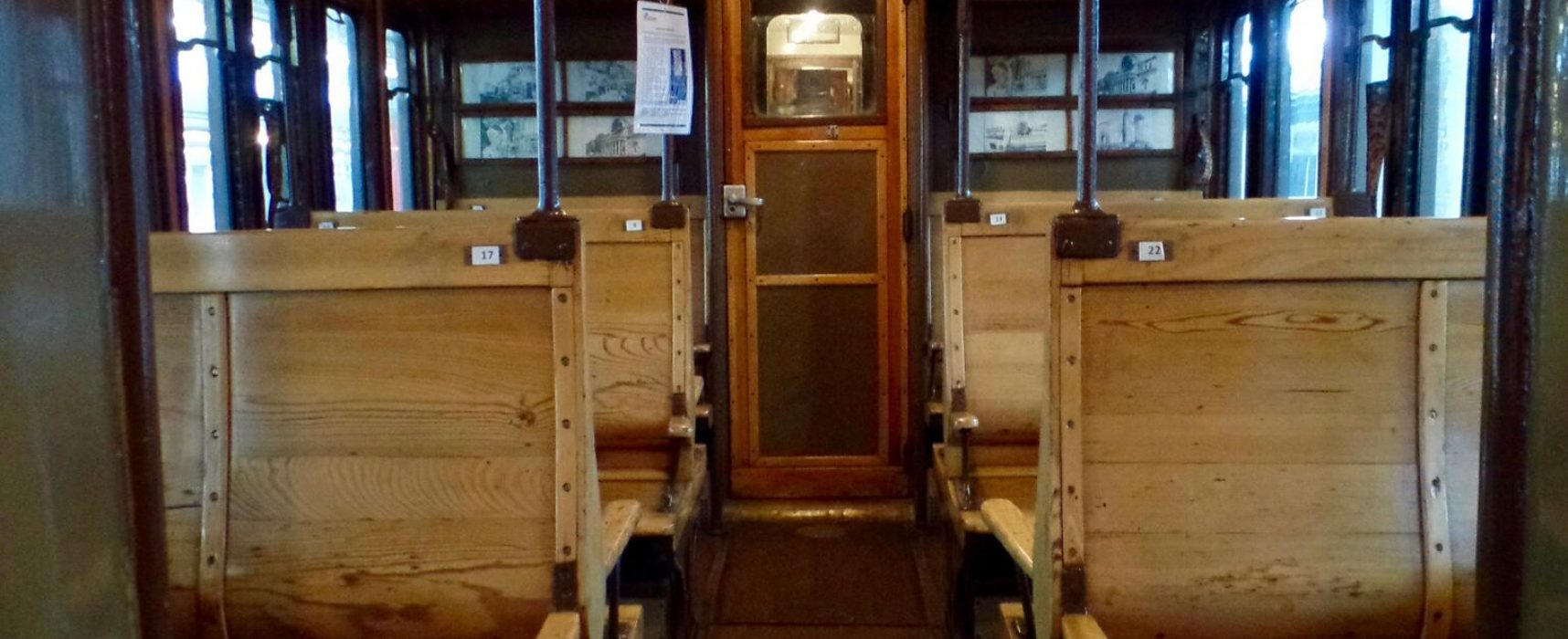 #ReggiaExpress, treno con locomotiva del cinema