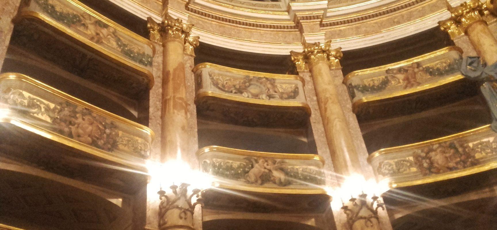 Reggia Caserta, Touring apre il Teatro
