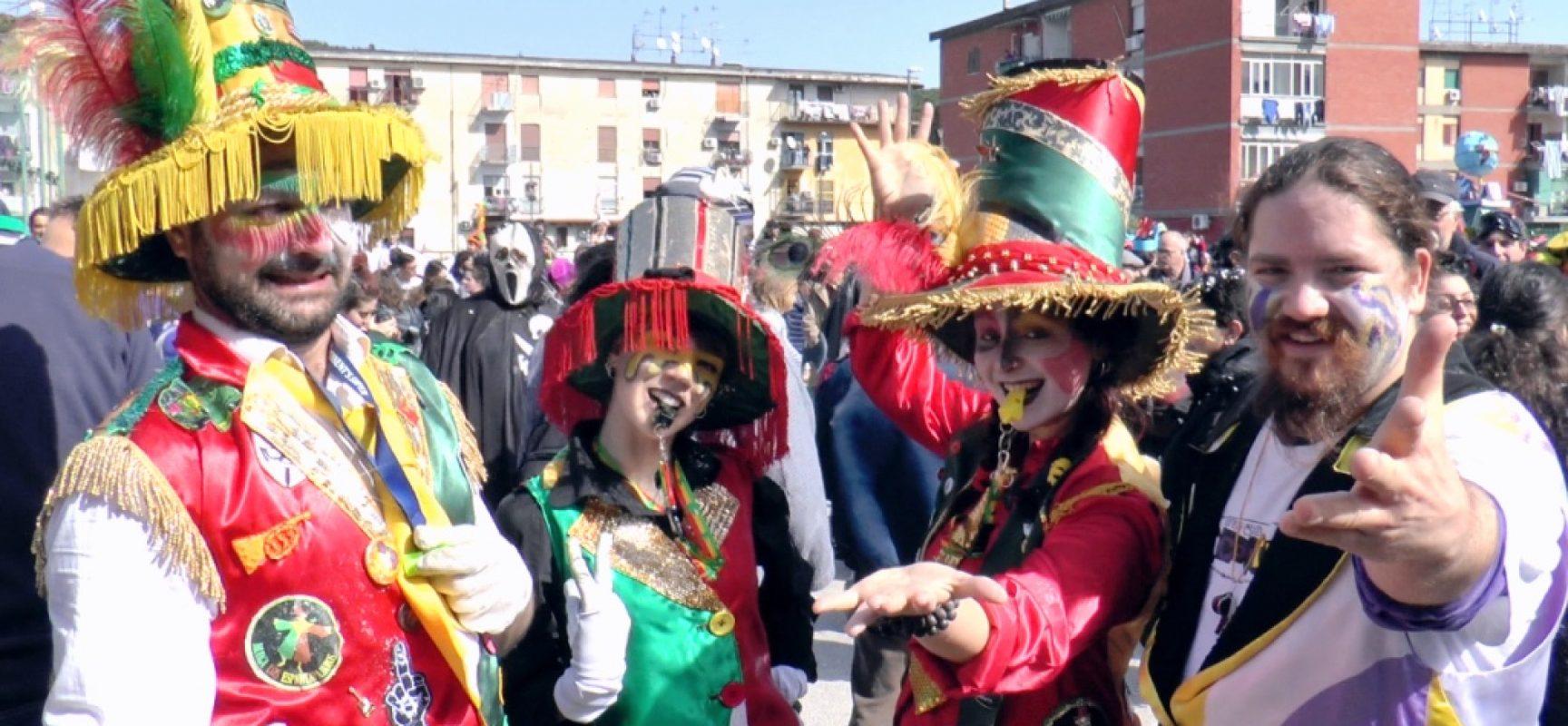 Scampia il Carnevale è Gridas