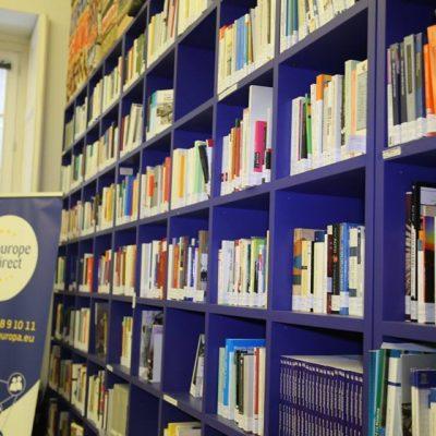 UE 60 anni, apre nuova biblioteca