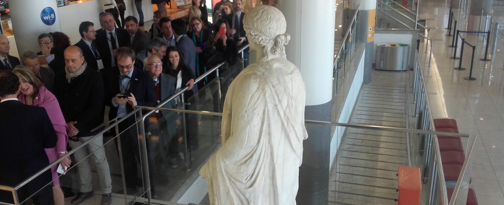 Aeroporto Capodichino diventa museo, ecco le opere in mostra