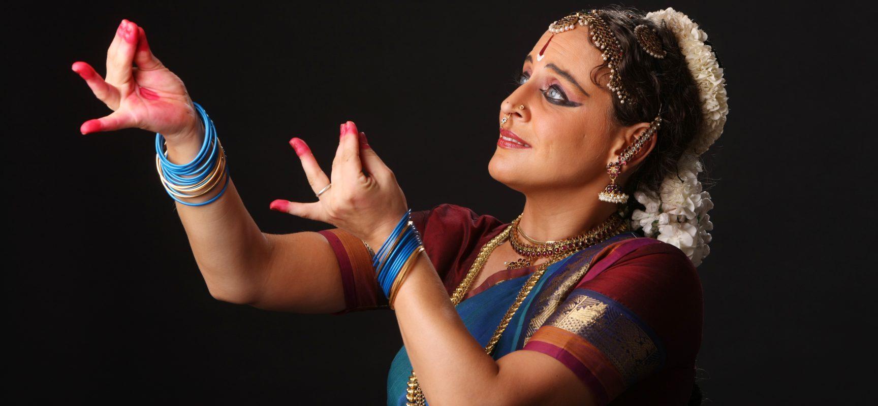 A Napoli stage di teatro danza classico indiano