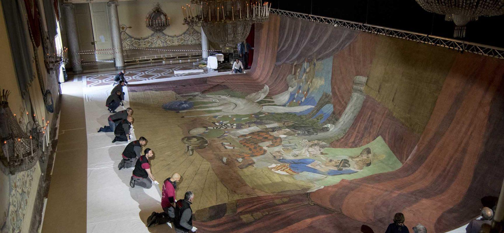 Picasso nel salone delle feste di Capodimonte