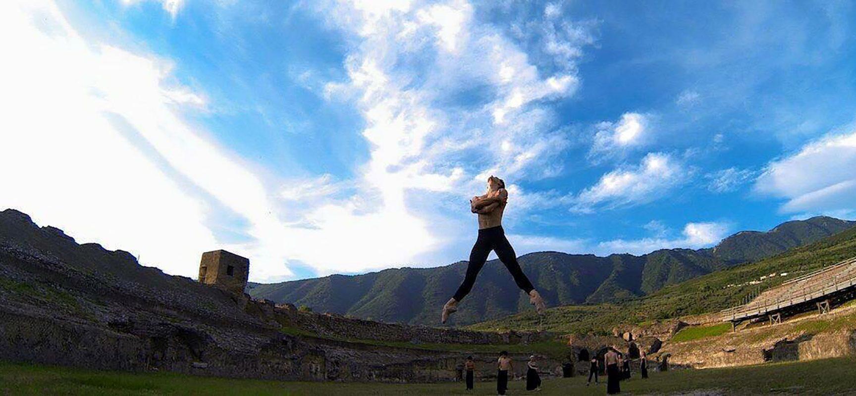 Anfiteatro Avella, è tempo di danza