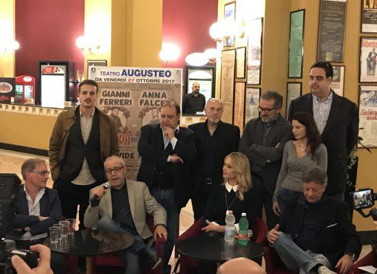 Teatro Augusteo,  un OMAGGIO A TOTO'